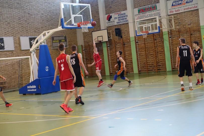 Półfinał Rejonu w Koszykówce Chłopców ze Szkół Gimnazjalnych (22)