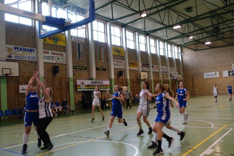 Półfinał Rejonu w Koszykówce Dziewcząt ze Szkół Gimnazjalnych (2)